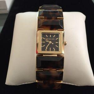 MICHAEL KORS Tortoise  Link Bracelet Watch